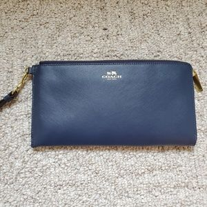 Brand new BIG coach wristlet/wallet